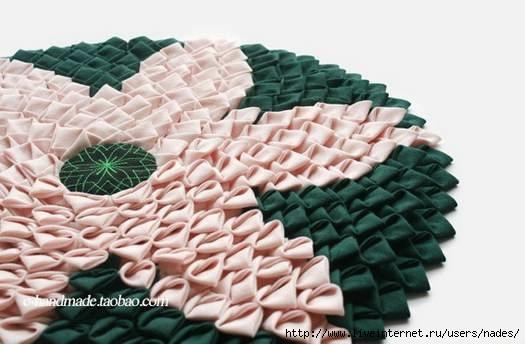 Красивый коврик в технике лоскутного шитья из треугольников.. Обсуждение на LiveInternet - Российский Сервис Онлайн-Дневников