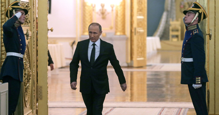 Putin_Kreml (700x367, 313Kb)