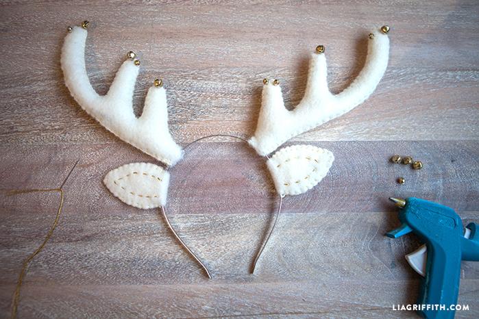 Felt_Reindeer_Headband_Bells (700x466, 532Kb)