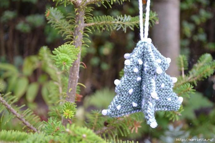 Новогодние подвески - объемные елочки спицами (2) (700x466, 241Kb)
