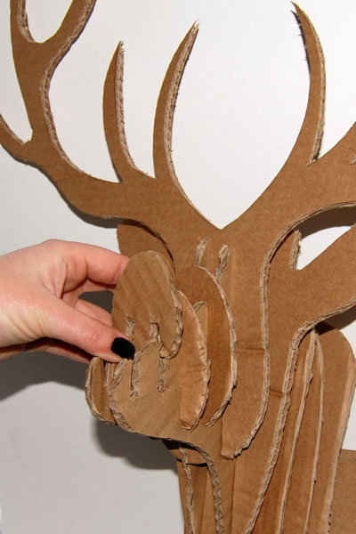 Сделать голову оленя из бумаги своими руками