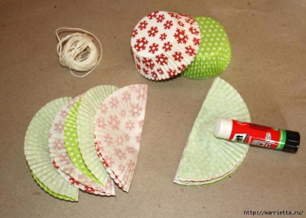 Новогоднее применение бумажных стаканчиков для кексов (6) (620x443, 126Kb)