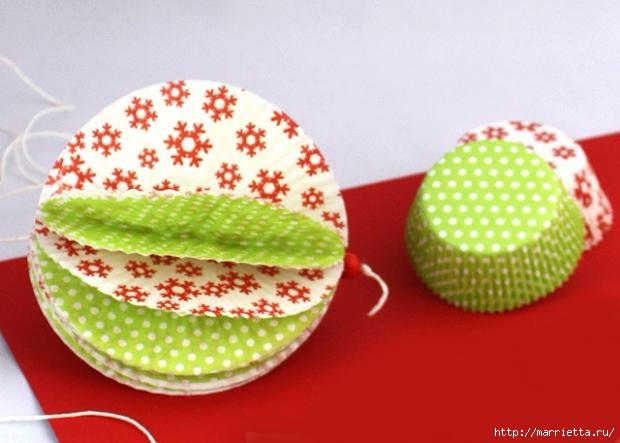 Новогоднее применение бумажных стаканчиков для кексов (8) (620x443, 118Kb)