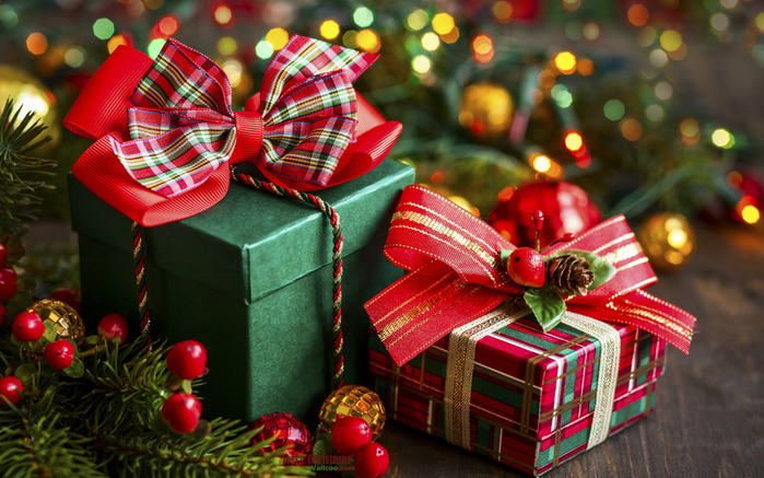 Wallcoo_christmas_decorations_wallpaper_-2147483638[1] (700x437, 447Kb)