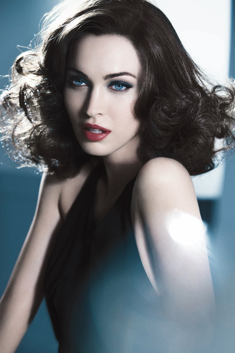 3416556_Megan_Fox_Armani (466x700, 221Kb)