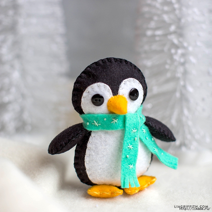 Felt_Teal_Scarf_Penguin_Stuffie_TN (700x700, 295Kb)