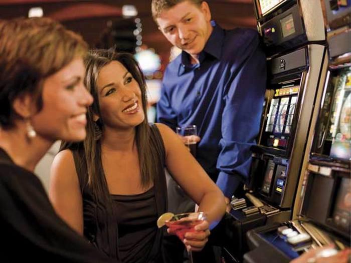 """alt=""""Free Slots Hall: играйте в игровые автоматы бесплатно и без регистрации!""""/2835299_Izmenenie_razmera_Free_Slots (700x525, 49Kb)"""