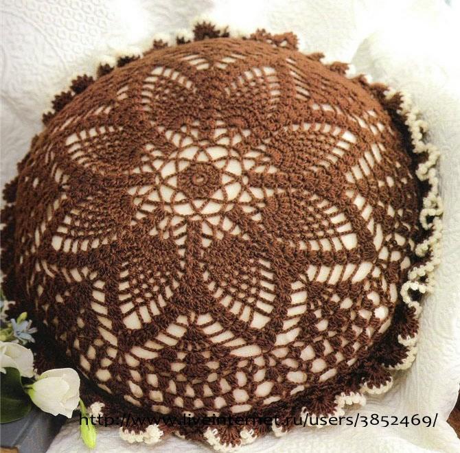 Круглая коричневая подушка схема (670x660, 353Kb)