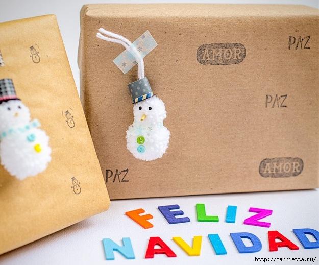 Подвески для новогодних подарков - снеговики из помпонов (1) (625x519, 221Kb)