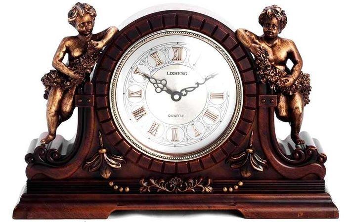 часы (700x449, 248Kb)