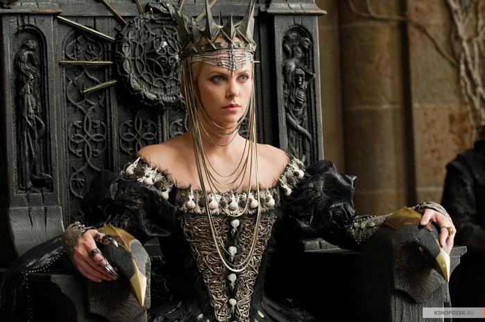 kinopoisk.ru-Snow-White-and-the-Huntsman-1896207[1] (700x464, 334Kb)