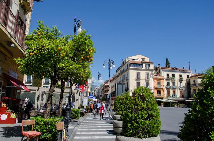 Sorrento-street (700x463, 452Kb)