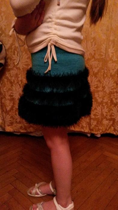 Связать юбку из травки