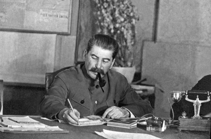 59581283_Stalin (699x460, 161Kb)