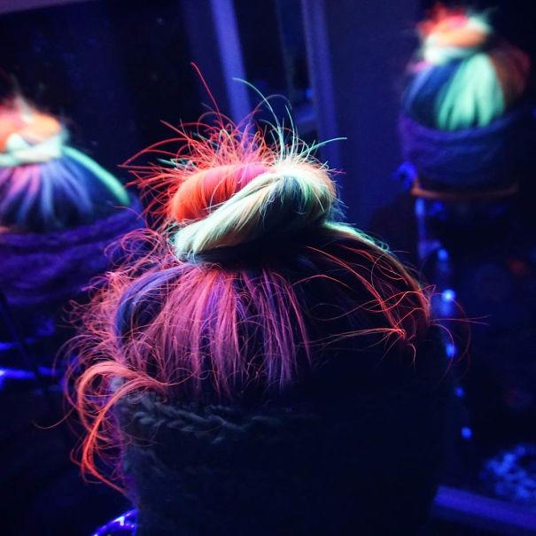 светящаяся в темноте краска для волос MANIC PANIC 5 (605x605, 253Kb)