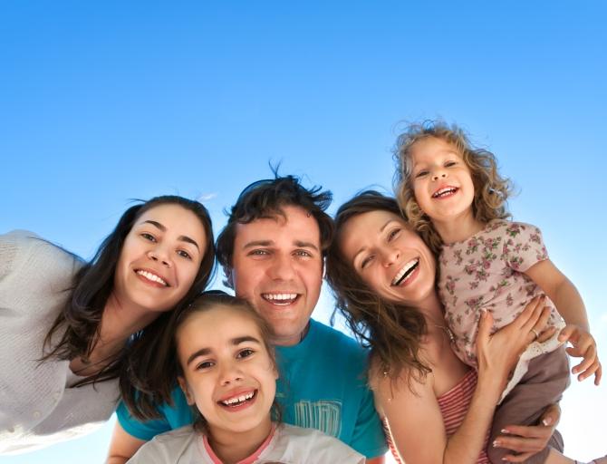 spisok-objazatelnyh-veschej-kotorye-roditeli-dolzhny-svoim-detjam (670x512, 293Kb)
