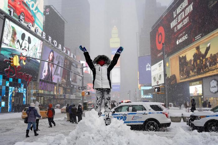 нью-йорк в снегу фото 8 (700x465, 364Kb)
