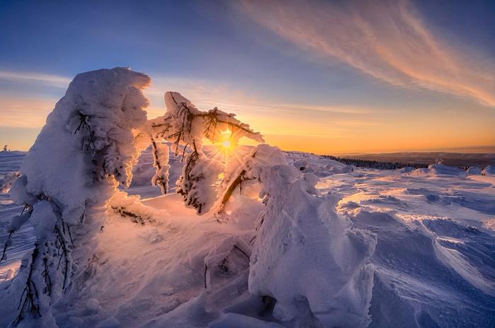 4.  Йорн Аллан Педерсен - Лофотенские острова, Норвегия (700x464, 330Kb)