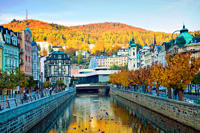 Karlovy`-Vary`-osen`yu (700x466, 657Kb)