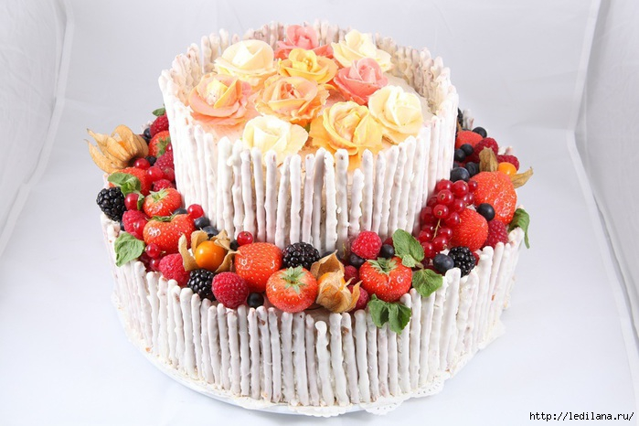 Рецепт фруктового торта Наслаждение