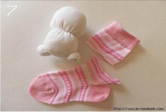 Шьем игрушки из носков. Прикольные ЗАЙЦЫ (8) (551x374, 91Kb)