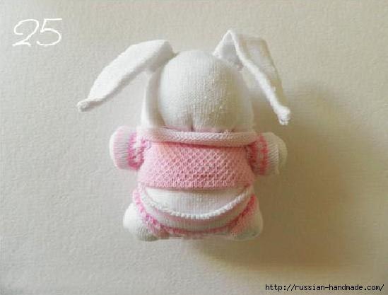 Шьем игрушки из носков. Прикольные ЗАЙЦЫ (23) (549x417, 98Kb)