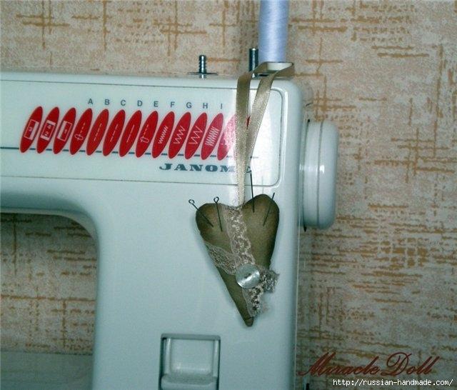 Шьем игольницу. Кофейная швейная машинка с запахом корицы (4) (640x546, 180Kb)