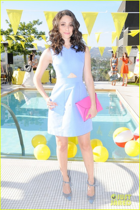 emmy-rossum-zoey-deutch-kate-spade-saturday-30 (465x700, 102Kb)