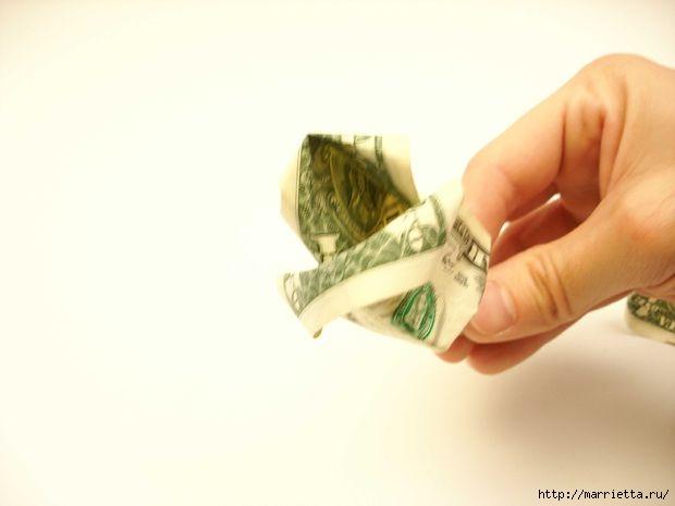 Денежный букет из долларовых розочек (11) (620x465, 59Kb)