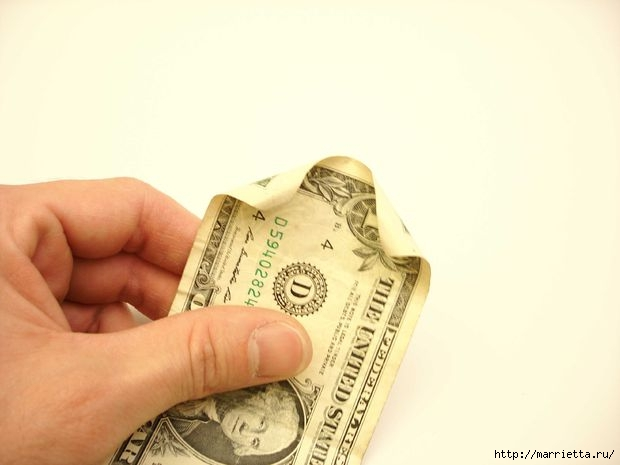 Денежный букет из долларовых розочек (27) (620x465, 82Kb)
