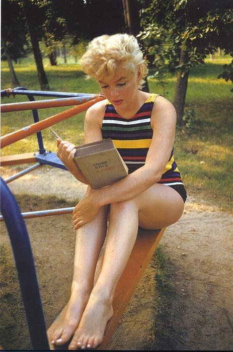Marilyn-Ulysses (463x700, 115Kb)