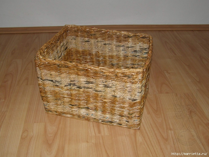 прямоугольные коробки из газетных трубочек (16) (700x525, 269Kb)