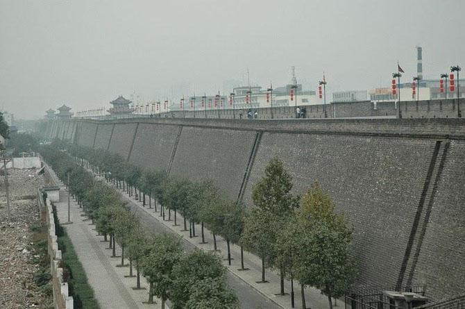 китайская стена город Сиань 4 (670x445, 191Kb)