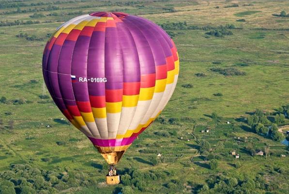 полеты на воздушном шаре/4171694_poleti_na_vozdyshnom_share_moskva_1 (597x401, 117Kb)
