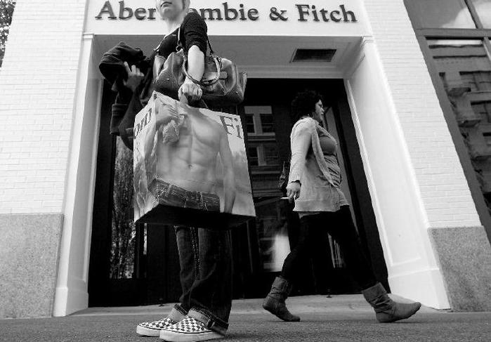 AbercrombieFitch (700x487, 201Kb)