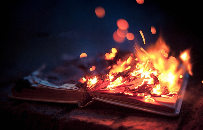 burning_book_by_houavang-d5u5w96 (700x450, 217Kb)