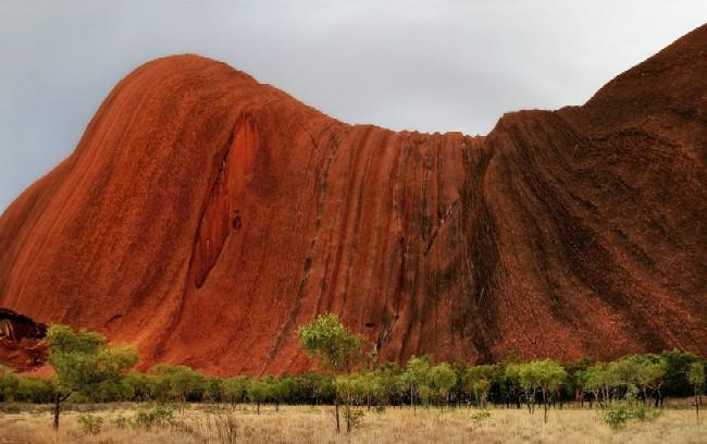 скала улуру австралия фото 8 (650x408, 249Kb)