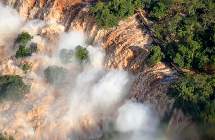 водопады игуасу бразилия фото 2 (700x456, 269Kb)