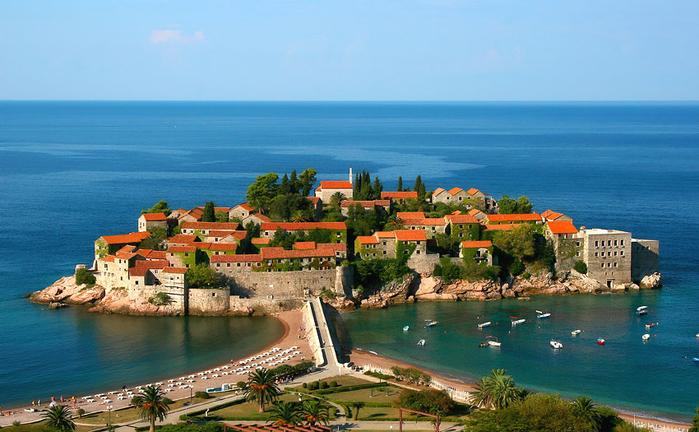 Квартиры и недвижимость в Черногории (5) (700x432, 368Kb)