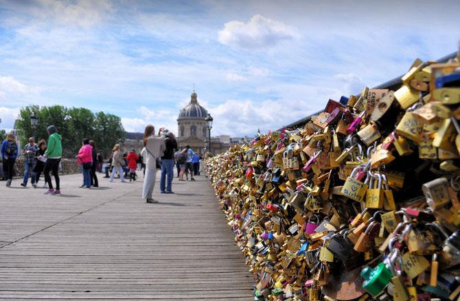 мост искусств в париже 2 (670x439, 278Kb)