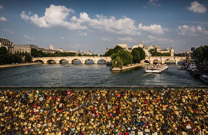 мост искусств в париже 4 (670x437, 367Kb)