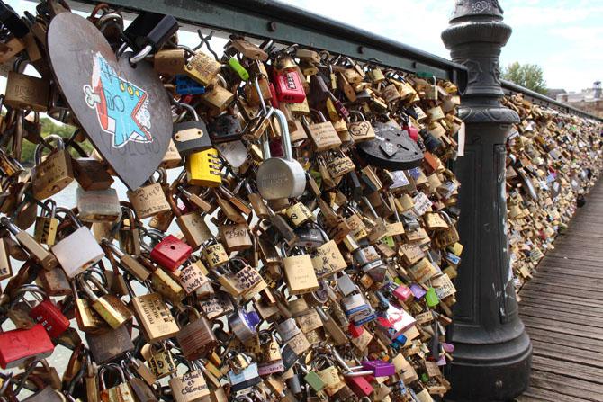 мост искусств в париже 8 (670x447, 384Kb)