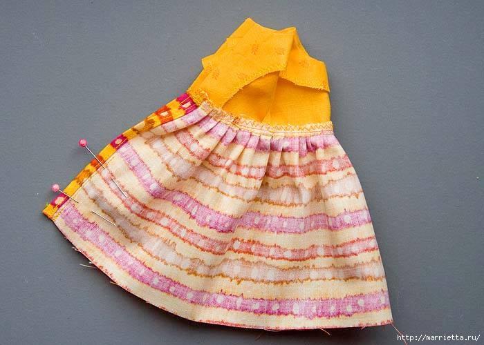Как сшить платье для куклы. Высота куклы 26 см (10) (700x500, 173Kb)