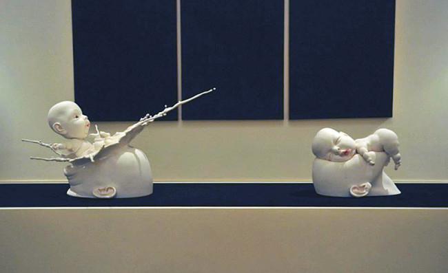 скульптуры из фарфора Джонсон Цанг 8 (650x397, 132Kb)