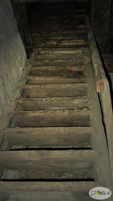 Лестница (393x700, 234Kb)