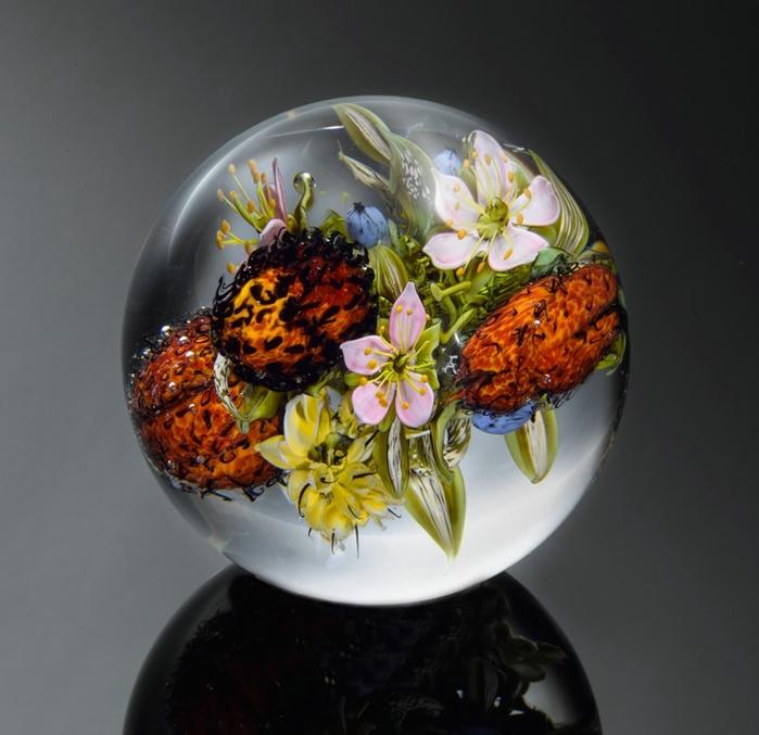 стеклянные шары Paul Stankard 6 (700x677, 233Kb)