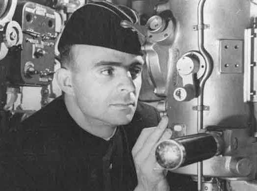 Герой подводных глубин