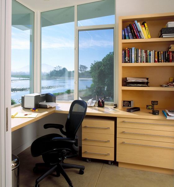 home-office-in-front-of-window4-3 (560x600, 241Kb)