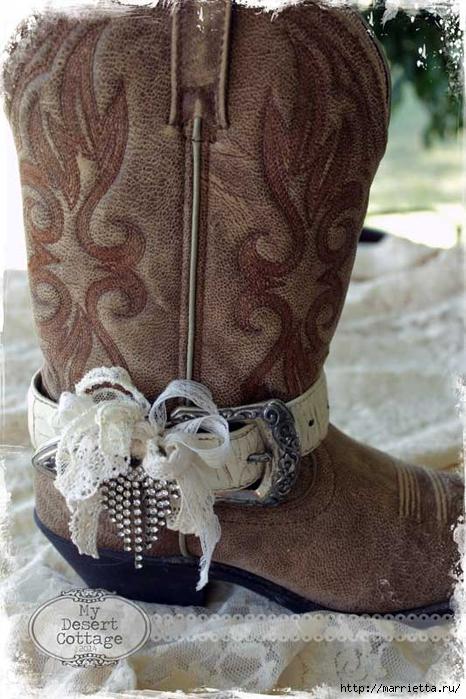 Казаки с завлекалочкой. Стильное декорирование ремнями женских сапог (2) (466x700, 275Kb)