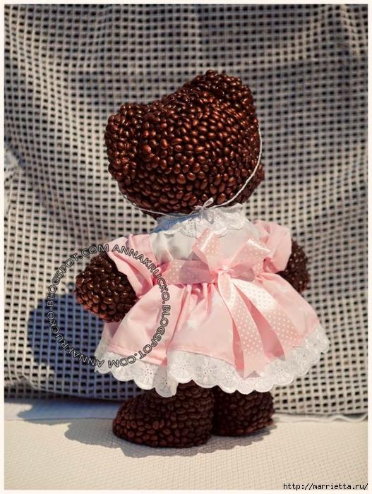 Медвежата из кофейных зерен (1) (527x700, 324Kb)